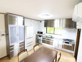 キッチンリフォーム オールステンレスのキッチンや自動洗浄のお風呂など、最新設備で生活の不便を解消!