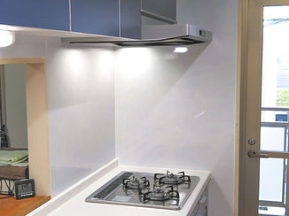 キッチンリフォーム コストパフォーマンスがよく、シンプルで使いやすいキッチン